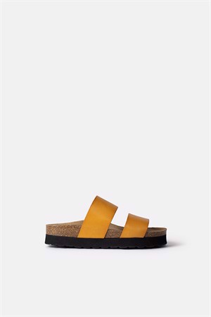Re:designed Aree Sandals Dark Yellow