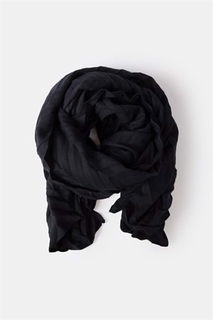 Re:designed Carra Scarf Black